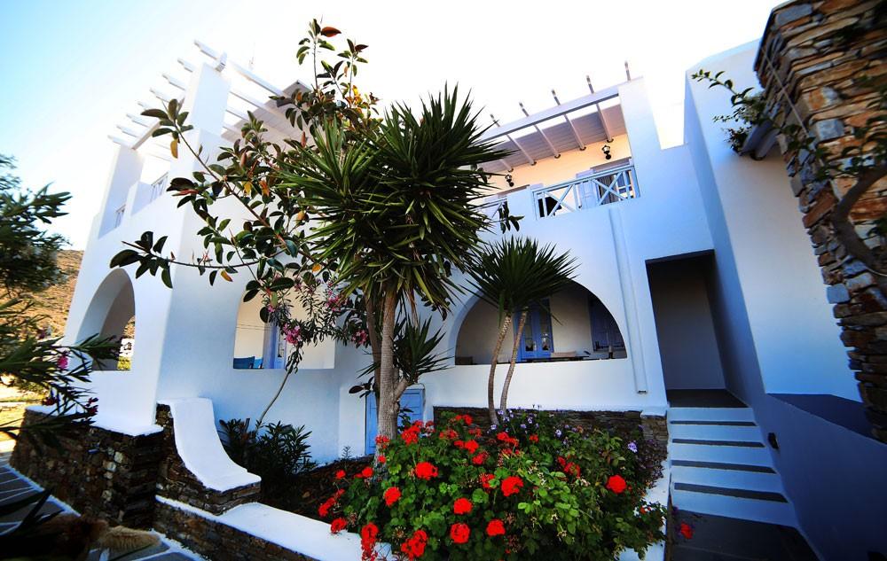 Island House Mare
